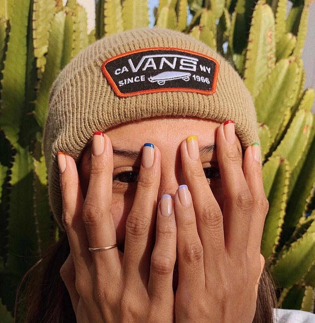 38-cute-stylish-summer-nails-for-2019